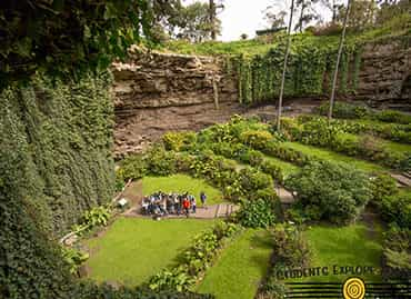 Students in a wide shot at Naracoorte caves